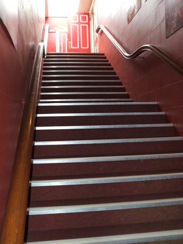 4-balcony-stairs