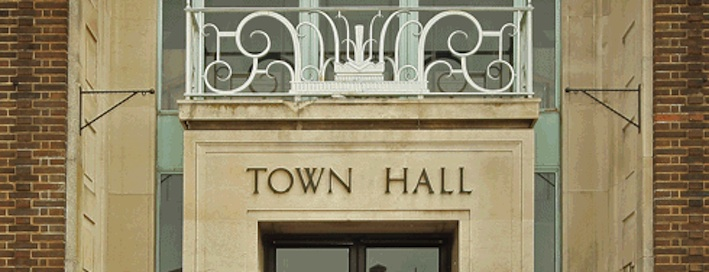Town hall cu 2
