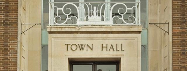 Town hall cu 2